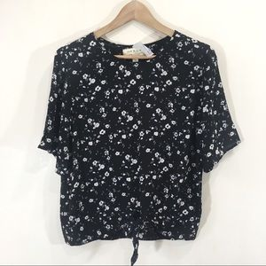 Cloth + Stone Floral Tie Front Shortsleeve Blouse